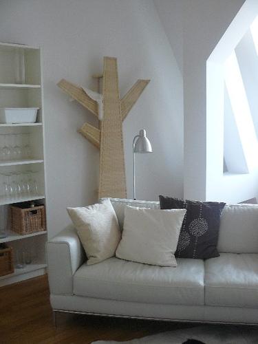 kleine bildersammlung unserer katzenecken. Black Bedroom Furniture Sets. Home Design Ideas