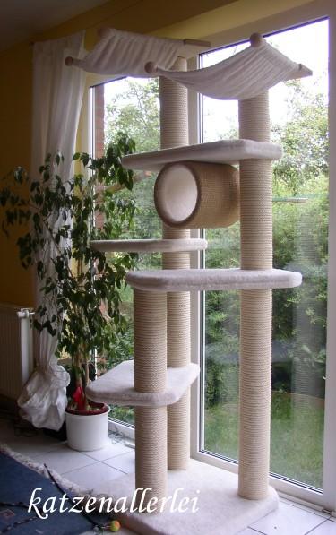 kratzbaum f r grosse katzen. Black Bedroom Furniture Sets. Home Design Ideas